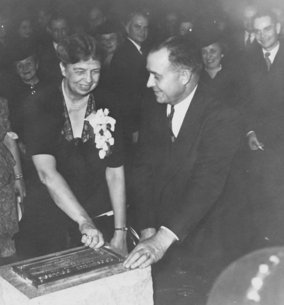 "Eleanor Roosevelt dedicates Roosevelt College ""to the enlightenment of the human spirit."""
